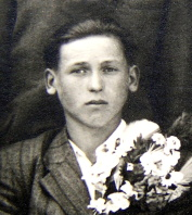 Theuer Georg 25